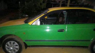Photo de Insolite / Mouila : Dans le plein de l'alcool et du chanvre indien, il s'endort dans un taxi en tentant de dérober la recette du propriétaire