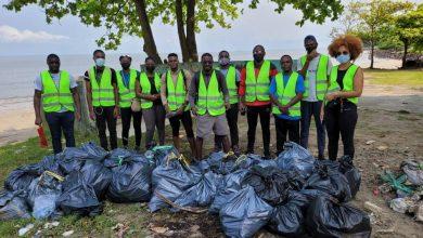 Photo de ONG Idyano : Collecte des déchets à la plage Michel Marine