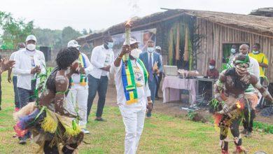 Photo de Vie associative :LaTeamAli Bongo Ondimba vient en aide aux couches sociales les plus défavorisées de la commune de Mouila